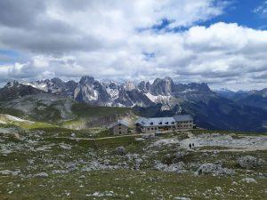 Rifugio Bolzano, il castello tra le Dolomiti